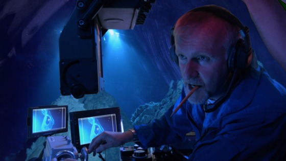 James Cameron explică cum a depăşit provocările filmărilor sub apă din sequel-urile Avatar
